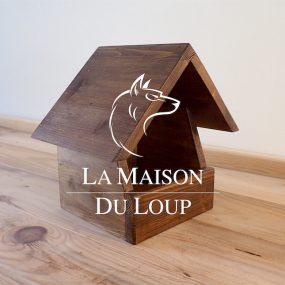 Obrázek ptačí budky pro kose, drozda a konipase. Výrobce Maison du Loup, Francie.