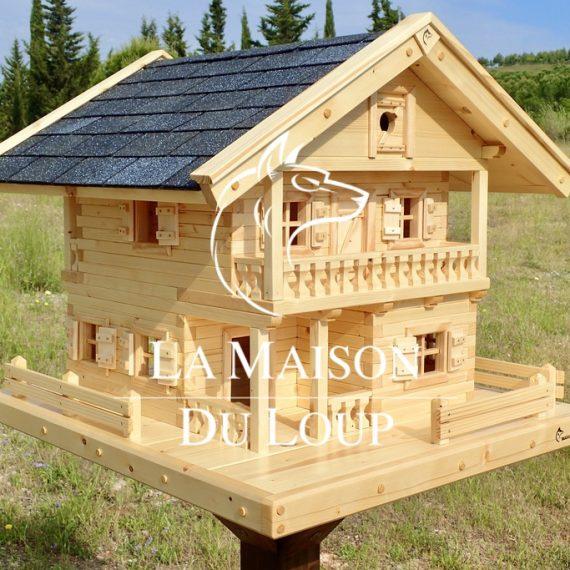 Solid wood bird villa
